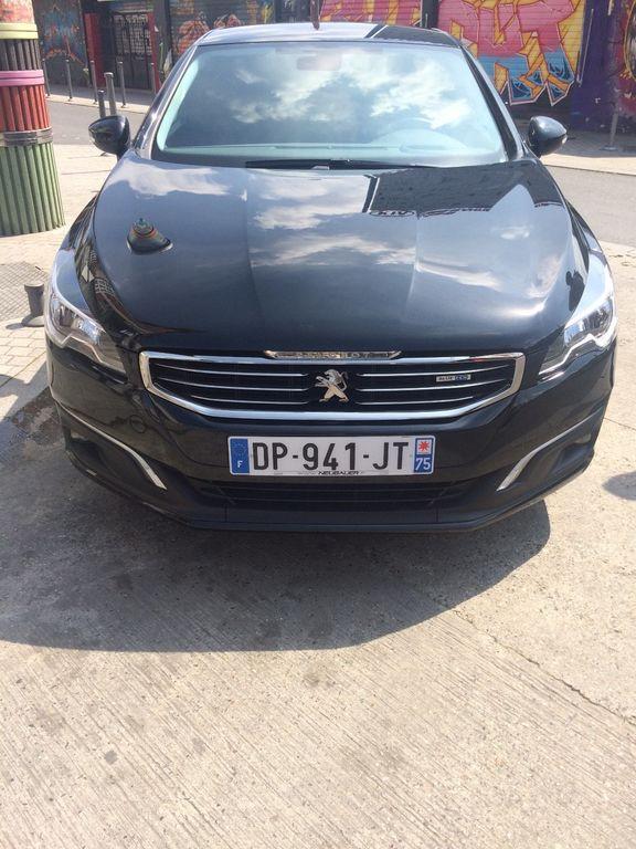VTC Saint-Ouen: Peugeot