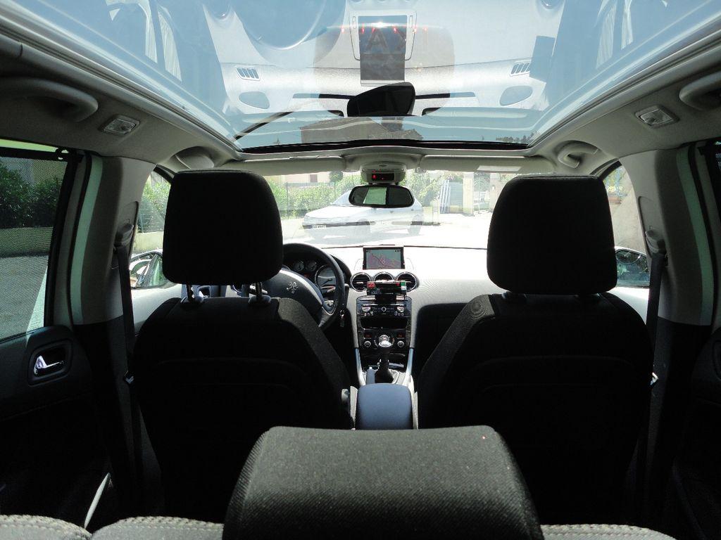 Taxi Carnoules: Peugeot