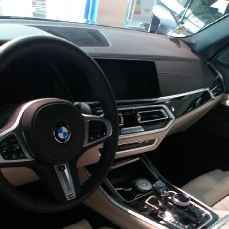 Taxi Saint-André-des-Eaux: BMW