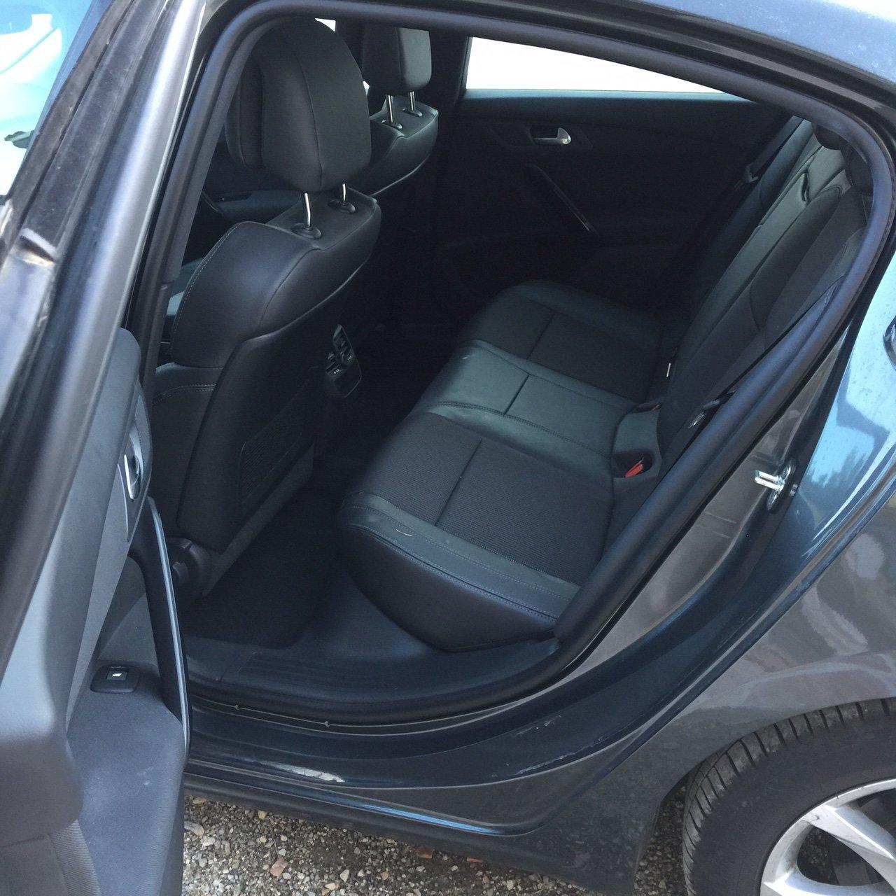 Taxi Saint-Cézaire-sur-Siagne: Peugeot
