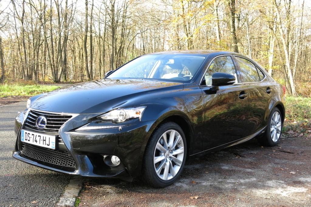 VTC Issy-les-Moulineaux: Lexus