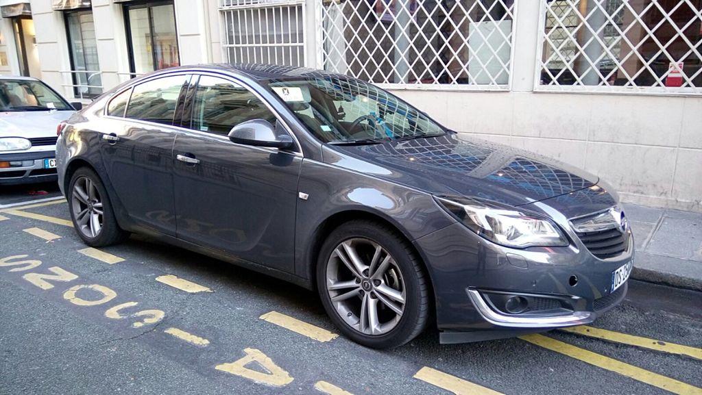 Taxi Paris: Opel