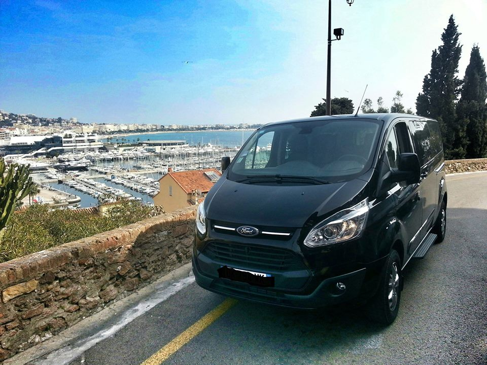 Taxi Biot: Ford
