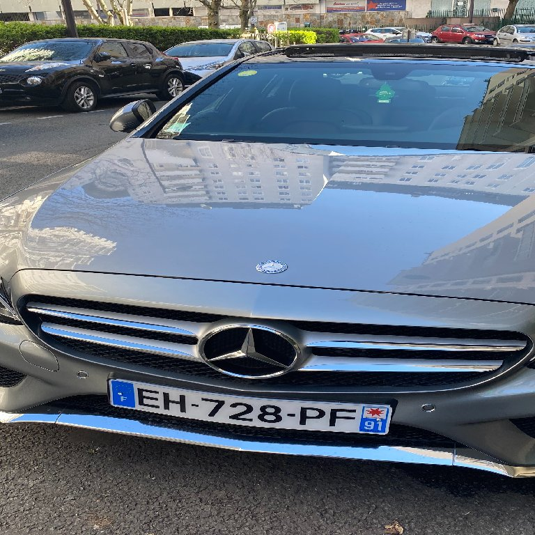 VTC Suresnes: Mercedes