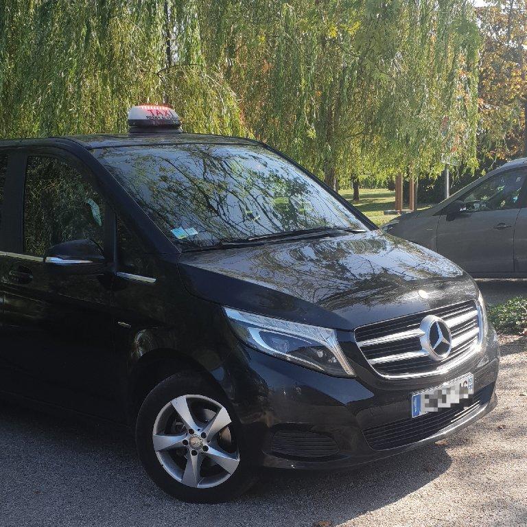 Taxi Saint-Émilion: Mercedes