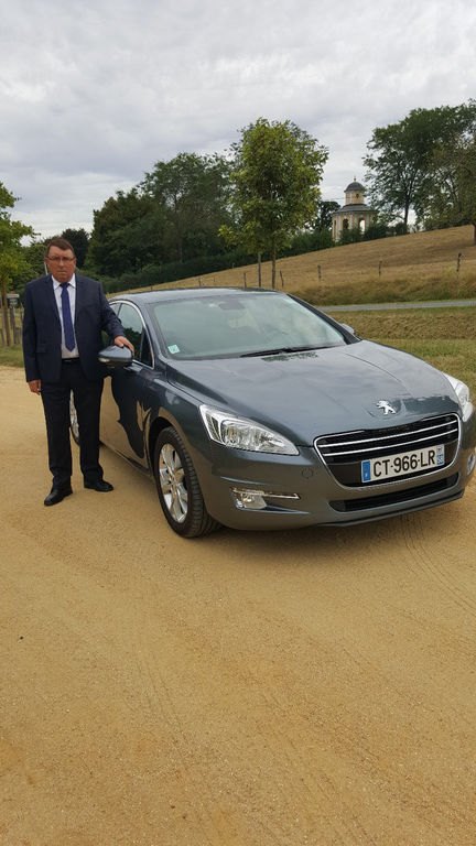 VTC Nevers: Peugeot