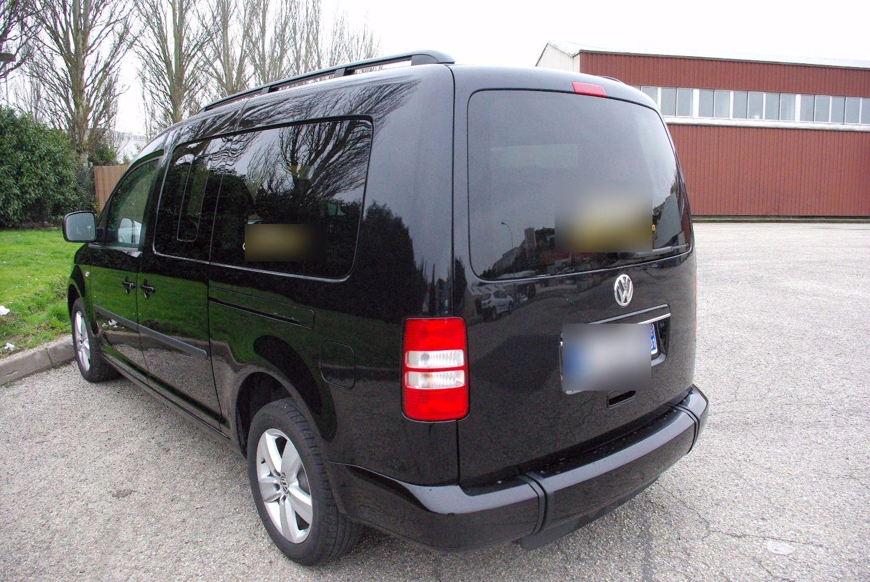 Taxi Villieu-Loyes-Mollon: Volkswagen