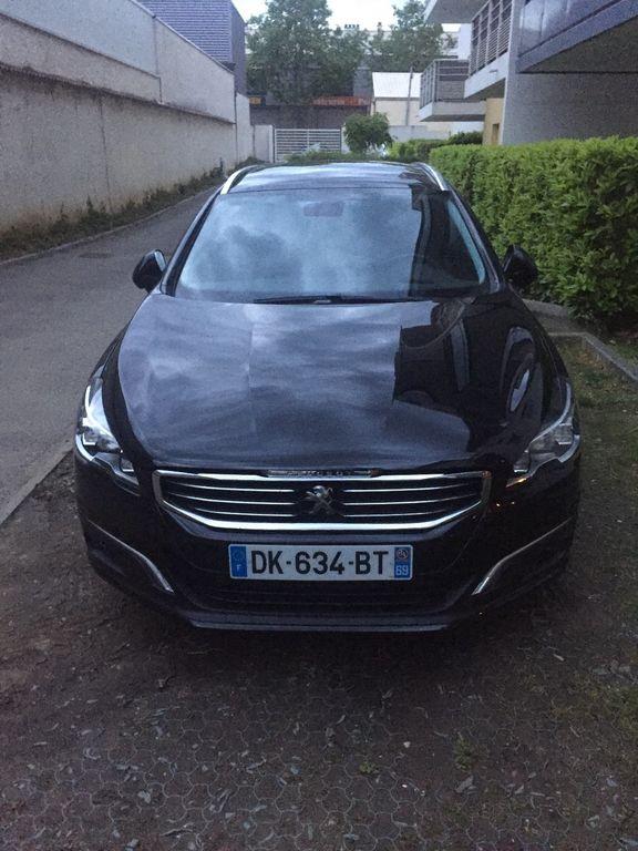 VTC Villeurbanne: Peugeot