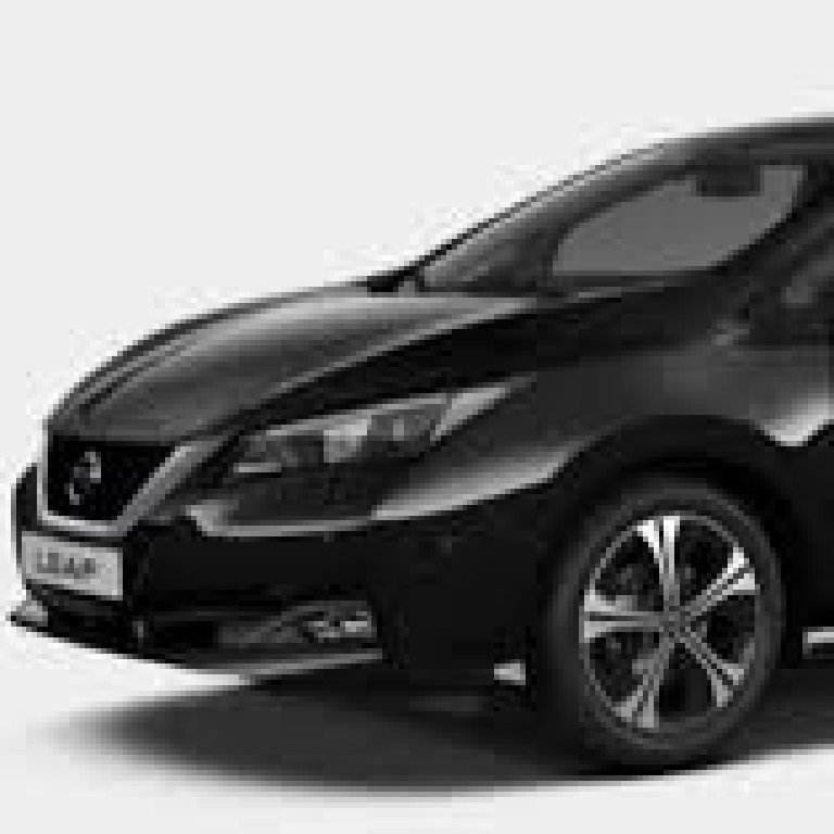 VTC Clichy: Nissan
