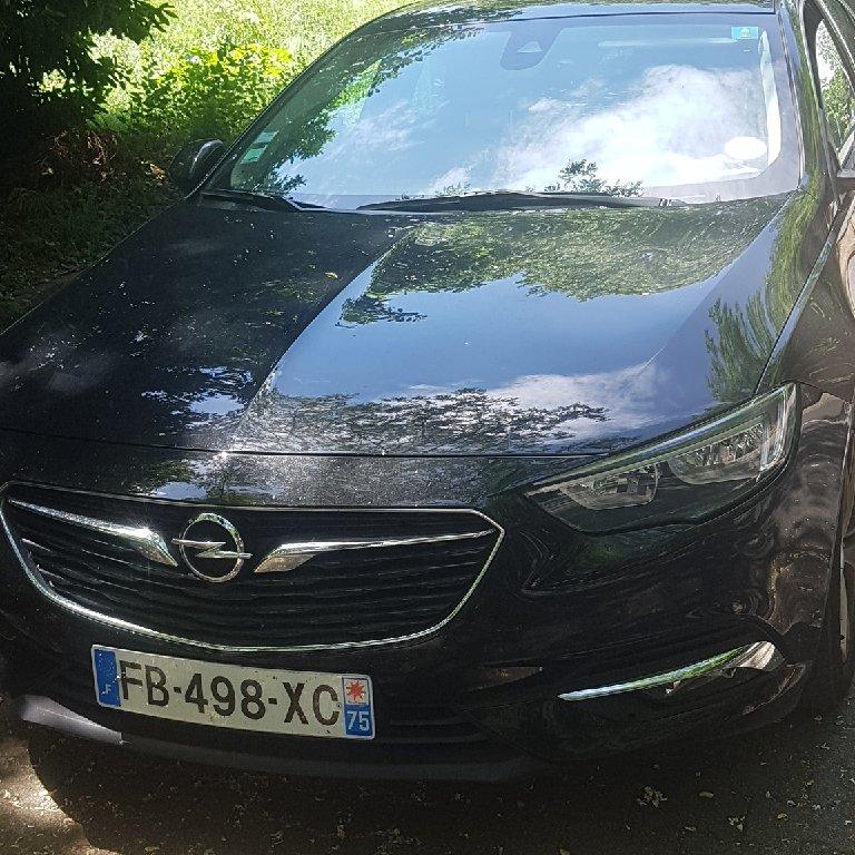 VTC Villefranche-sur-Saône: Opel