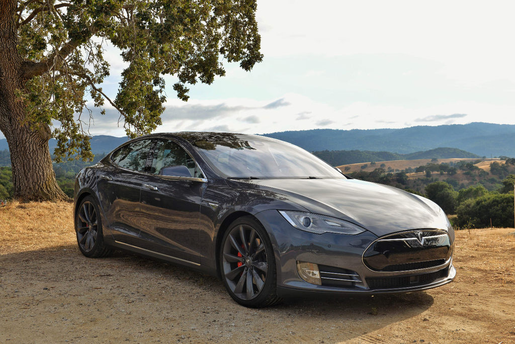 VTC Meyreuil: Tesla