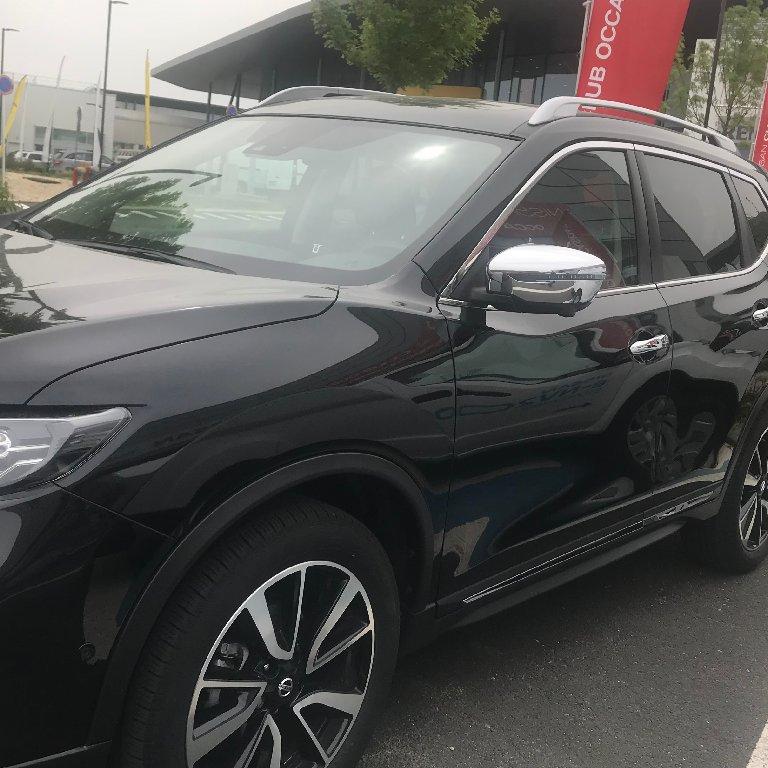 VTC Pantin: Nissan
