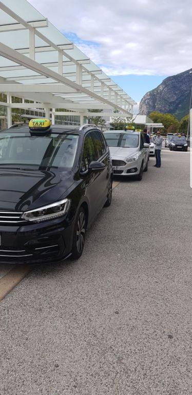 Taxi Grenoble: Volkswagen