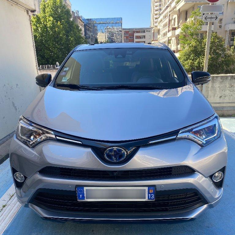 VTC La Penne-sur-Huveaune: Toyota