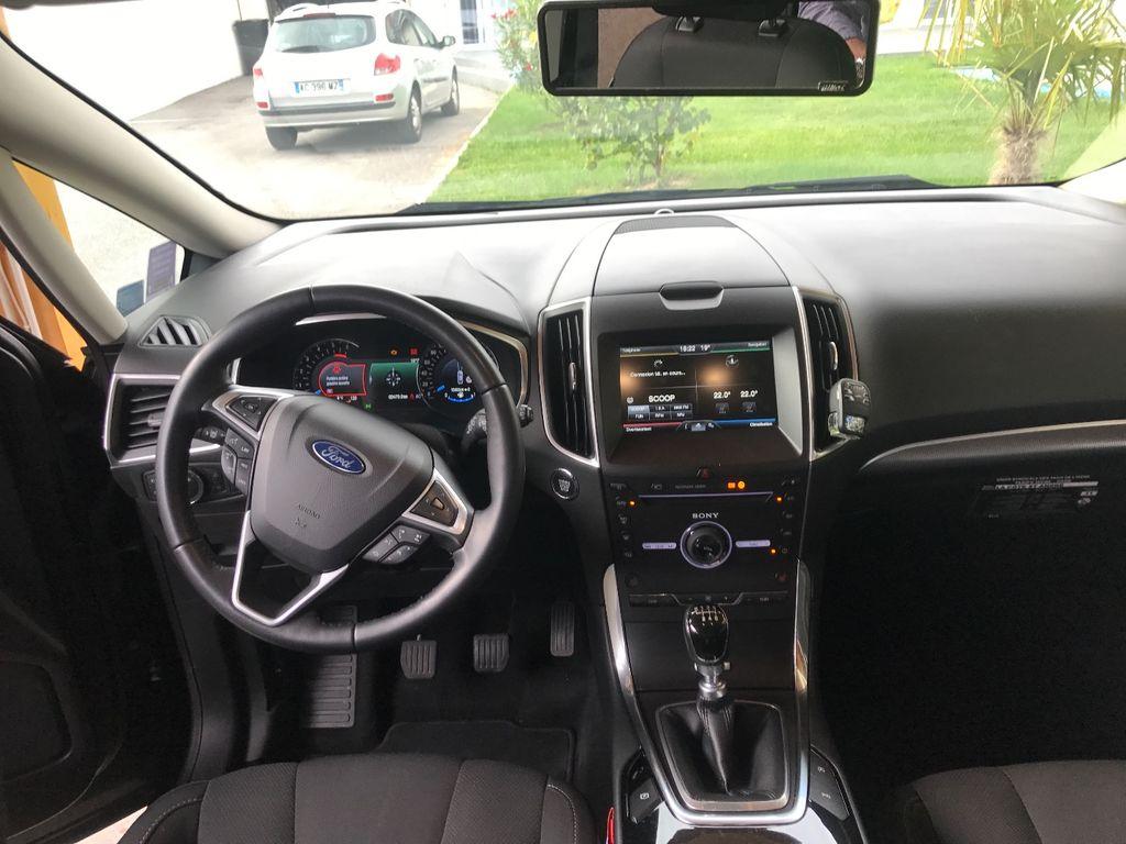 Taxi La Côte-Saint-André: Ford