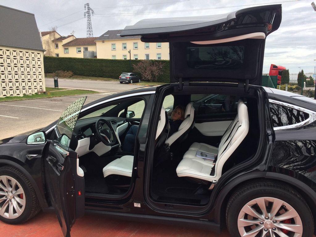 VTC Le Perreux-sur-Marne: Tesla