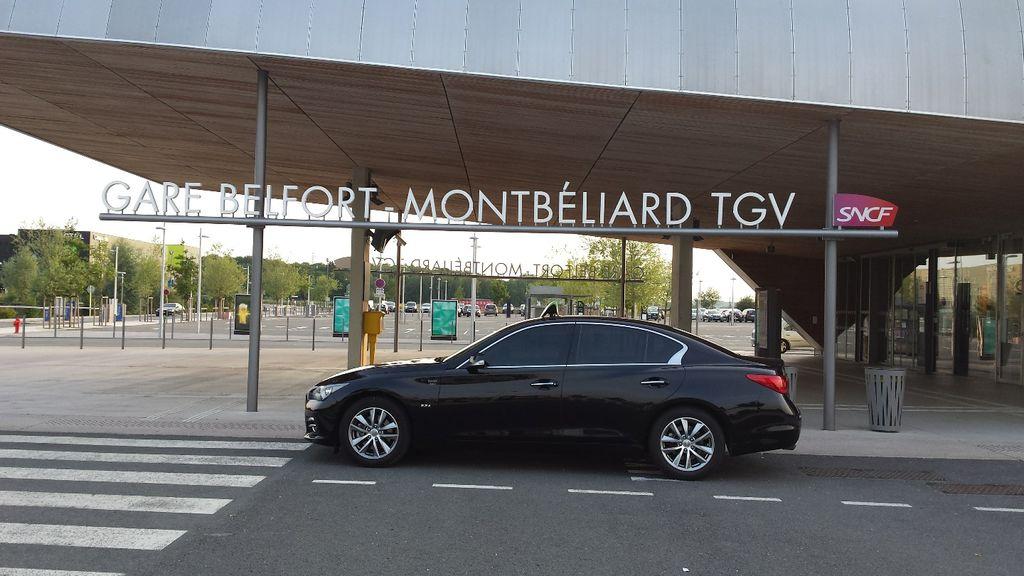 Taxi Chèvremont: Infiniti