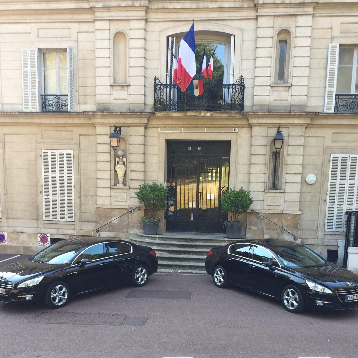 VTC La Ville-du-Bois: Peugeot