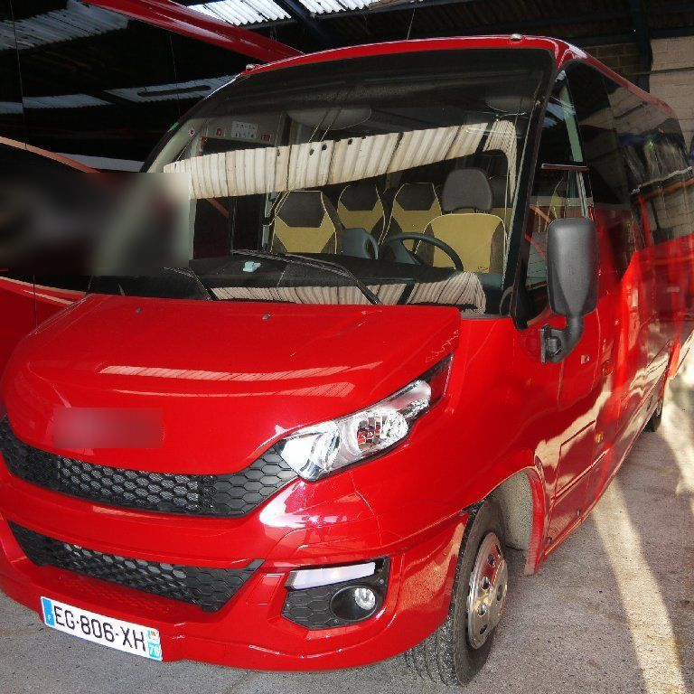 Coach provider Rouxmesnil-Bouteilles: Iveco