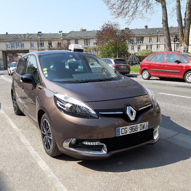 Taxi Marais (Aux): Renault