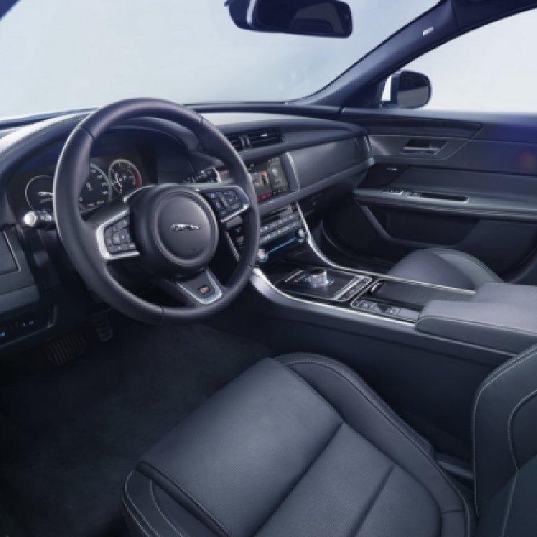 VTC Biot: Jaguar
