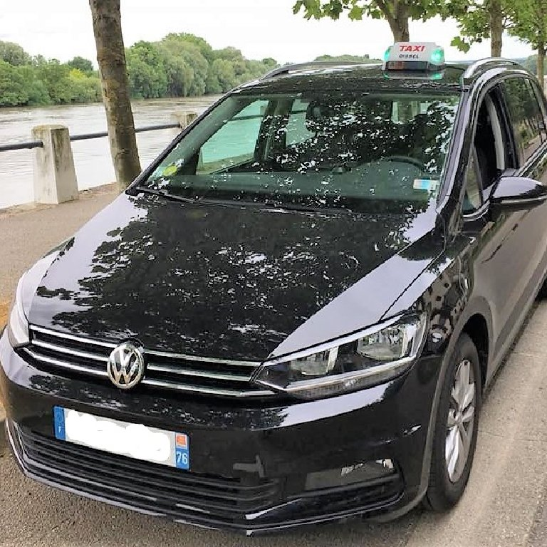 Taxi Oissel: Volkswagen