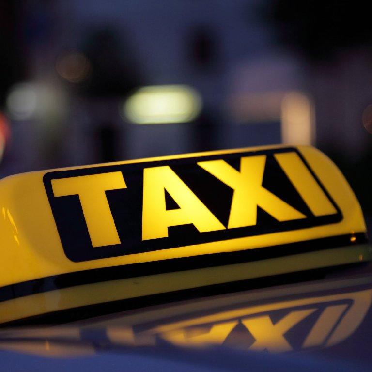 Taxi Alligny-en-Morvan: Peugeot