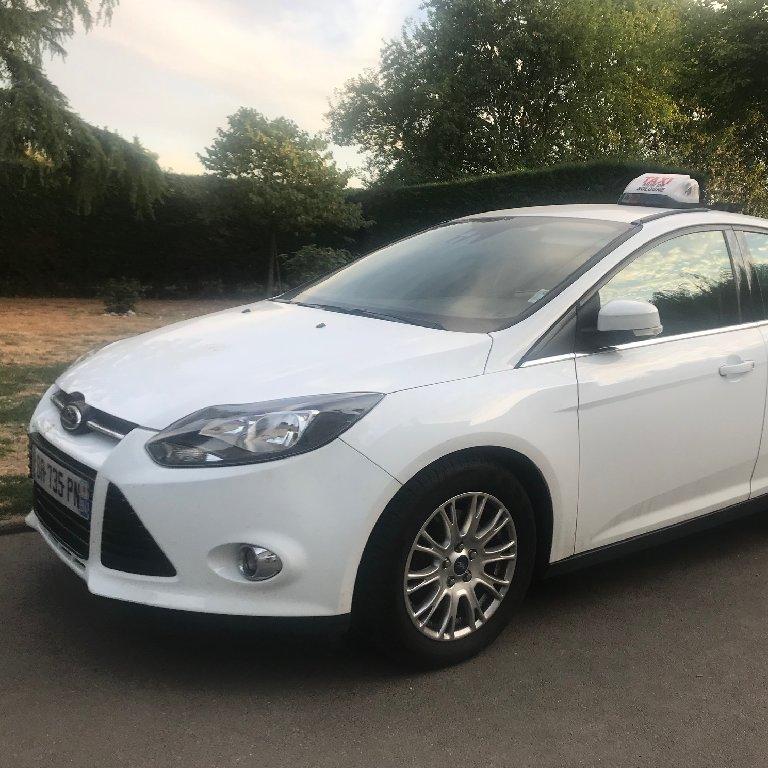 Taxi Mur-de-Sologne: Ford