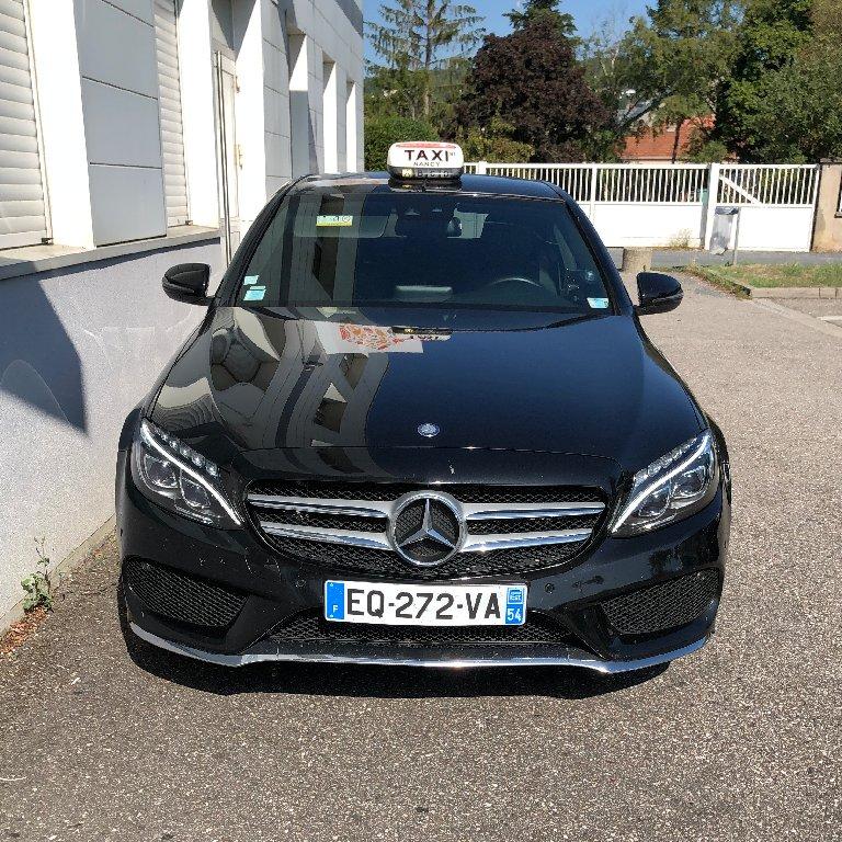 Taxi Nancy: Mercedes
