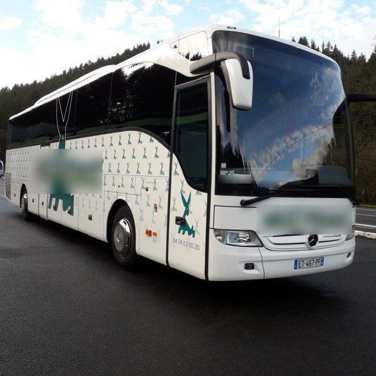 Coach provider Chambost-Allières: Mercedes
