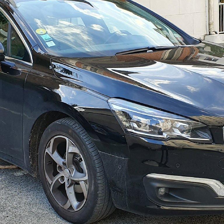 VTC Saint-Maximin: Peugeot