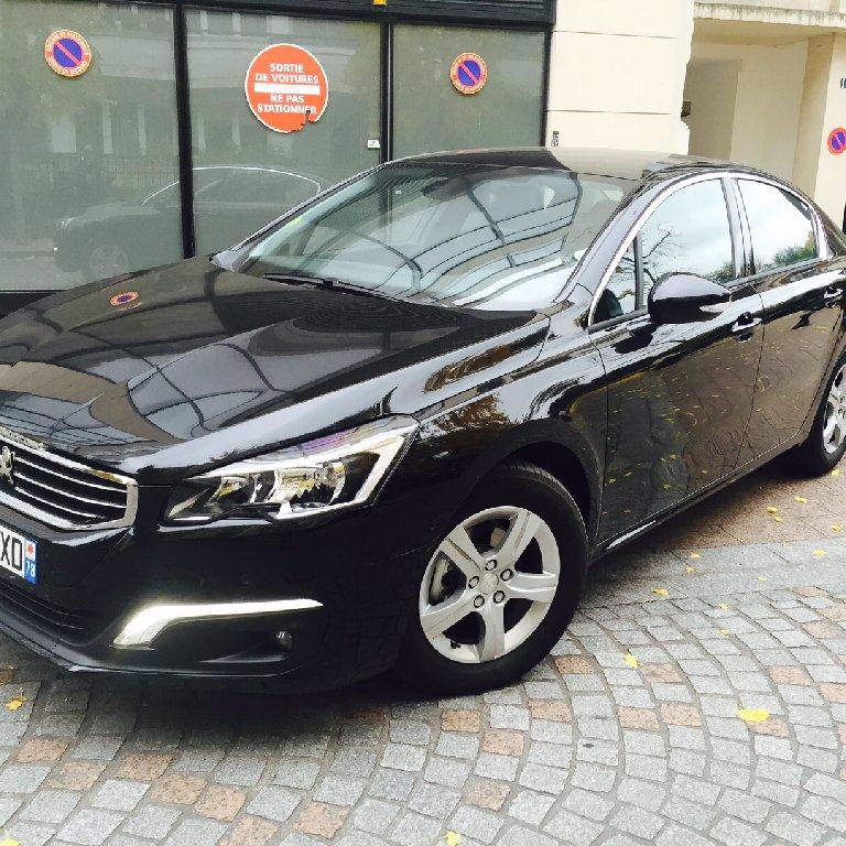 VTC Le Kremlin-Bicêtre: Peugeot