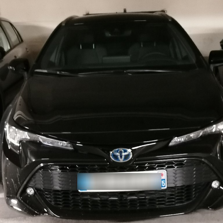VTC Montreuil: Toyota