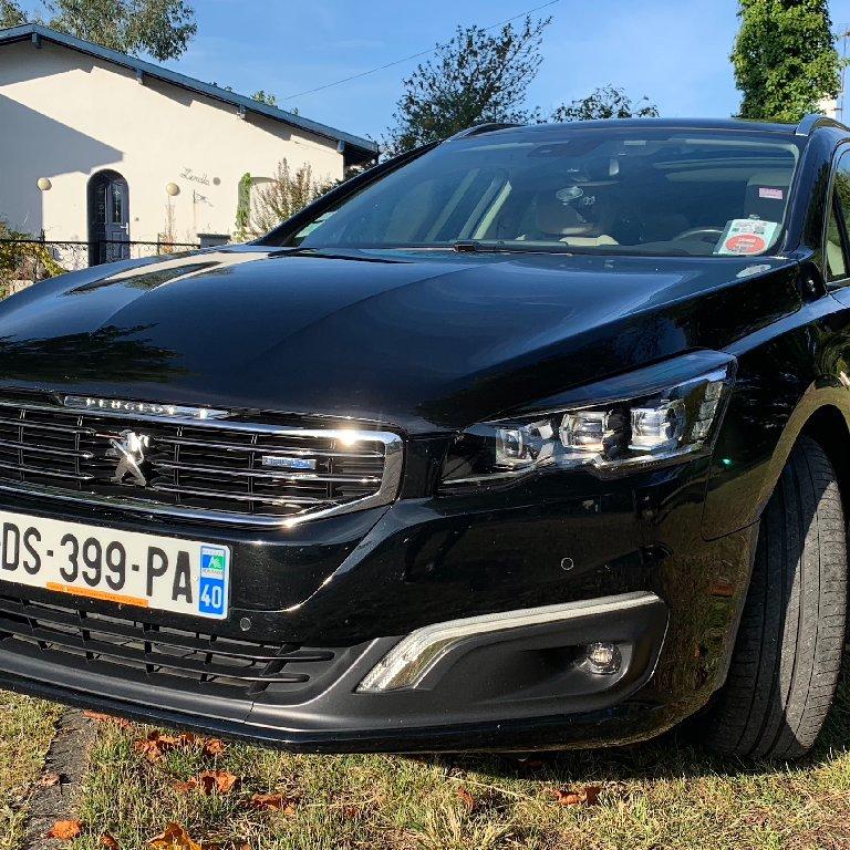 VTC Arcangues: Peugeot