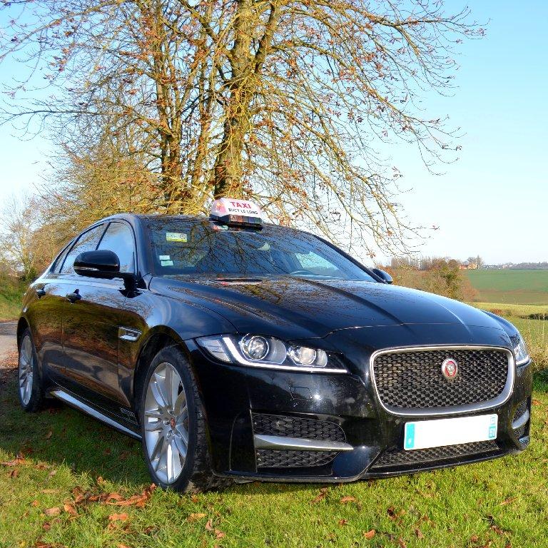 Taxi Bucy-le-Long: Jaguar