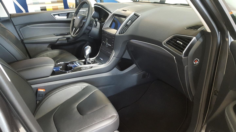 Taxi Trégueux: Ford