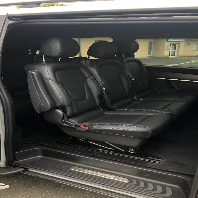 Taxi Saint-Didier-de-Formans: Mercedes