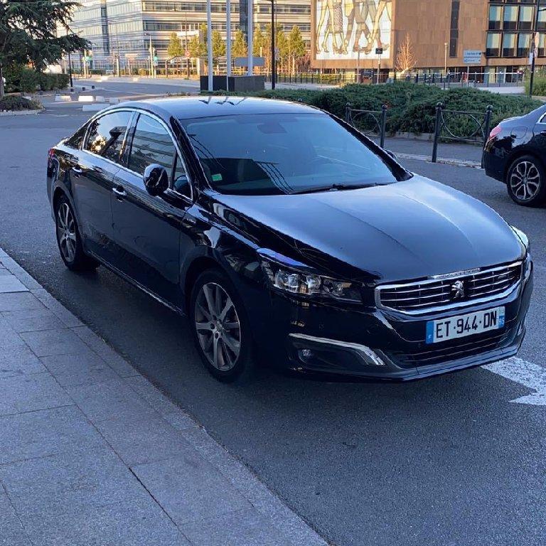 VTC Villers-Cotterêts: Peugeot