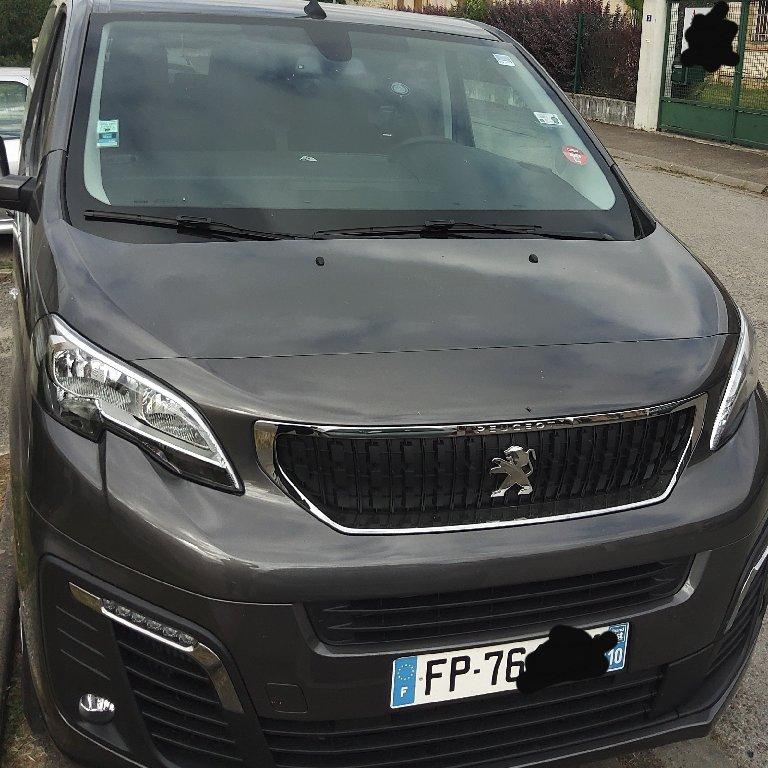 Taxi Sainte-Maure: Peugeot