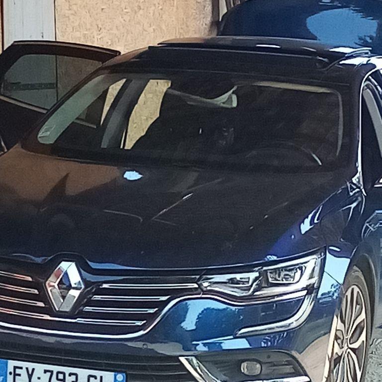 VTC Lyon: Renault