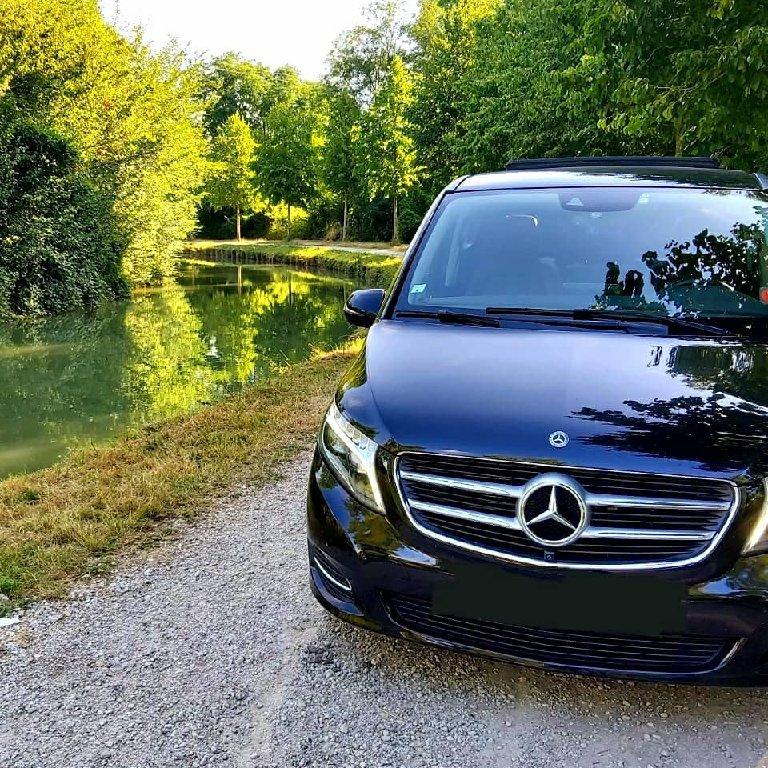 VTC Arcueil: Mercedes