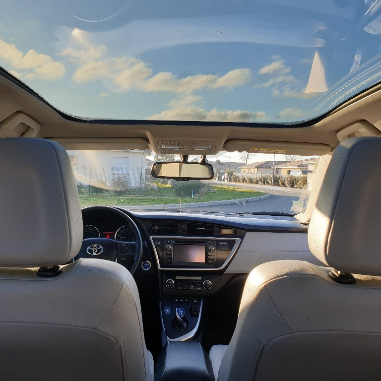 Taxi Mios: Toyota
