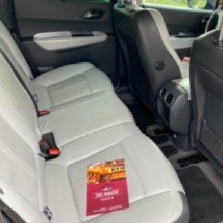 Taxi Peri: Peugeot
