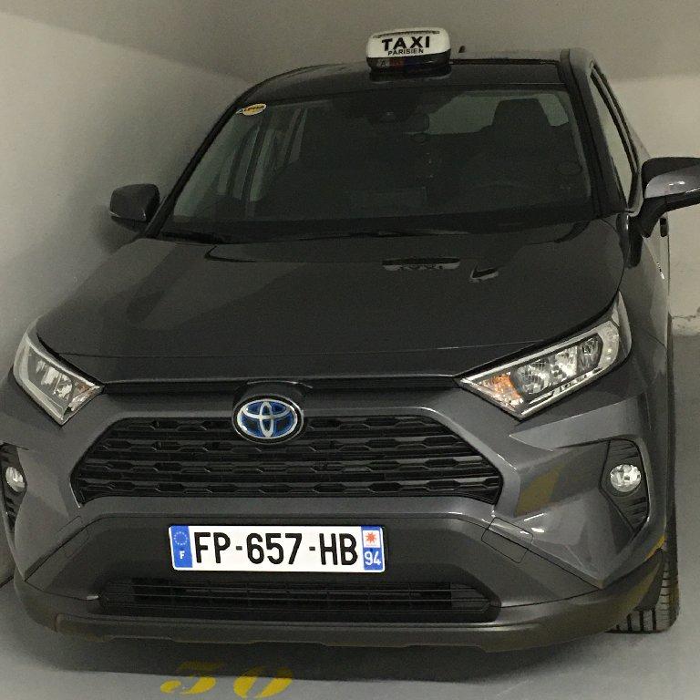Taxi Le Raincy: Toyota