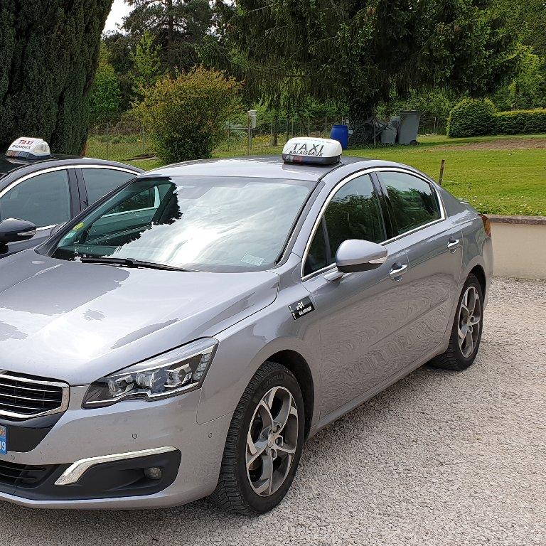 Taxi Le Deschaux: Peugeot