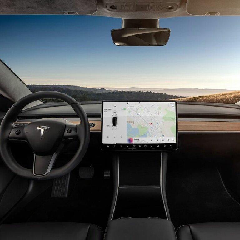 Taxi Artigues-près-Bordeaux: Tesla