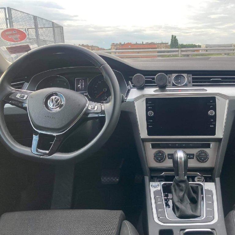 VTC Saint-Denis: Volkswagen