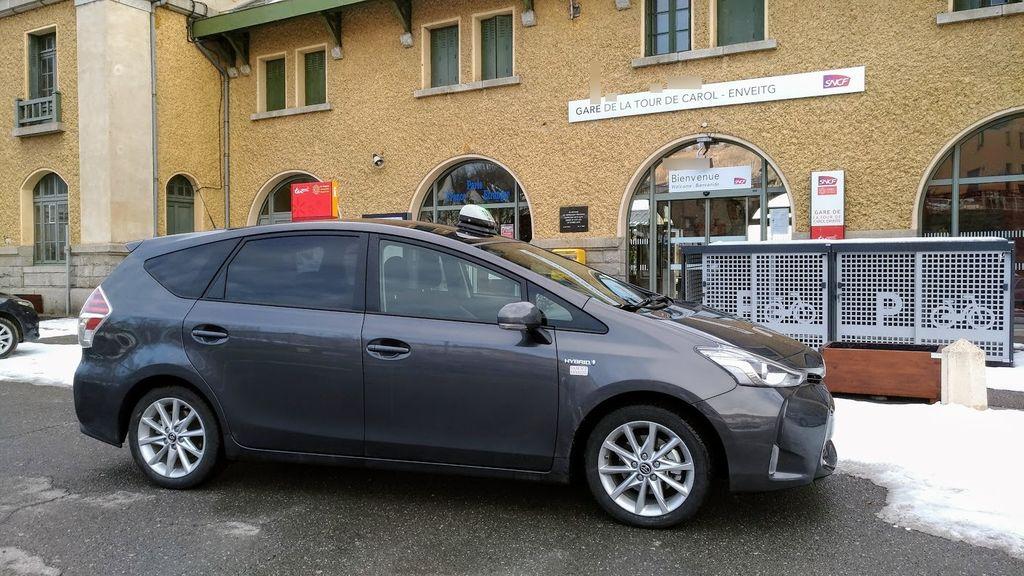Taxi Enveitg: Toyota
