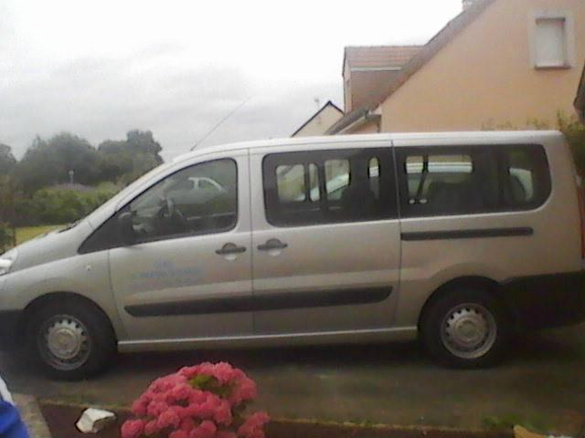 Taxi La Flèche: Peugeot